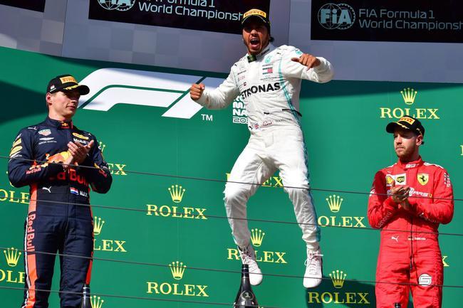 视频-F1匈牙利站汉密尔顿夺冠 神策略成功逆转