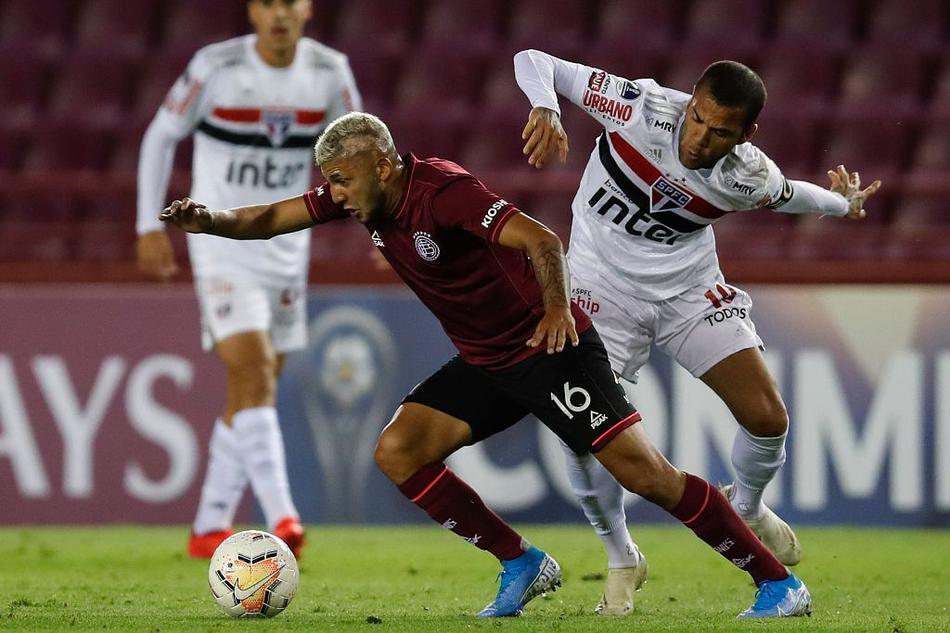 [南美足联杯]拉努斯3-2圣保罗