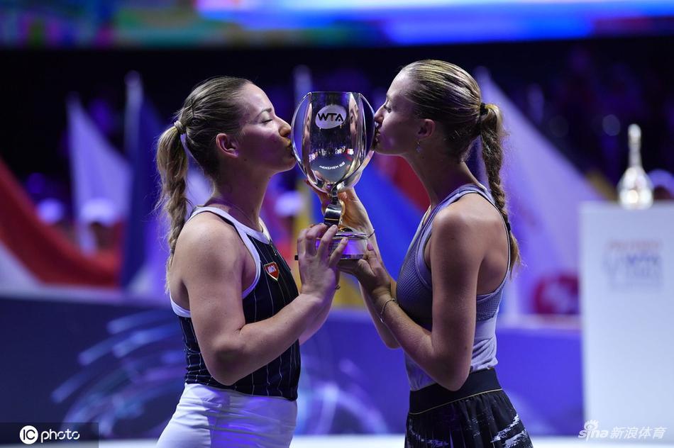 总决赛女双巴博斯实现三连庄 盼和搭档拿更多冠军