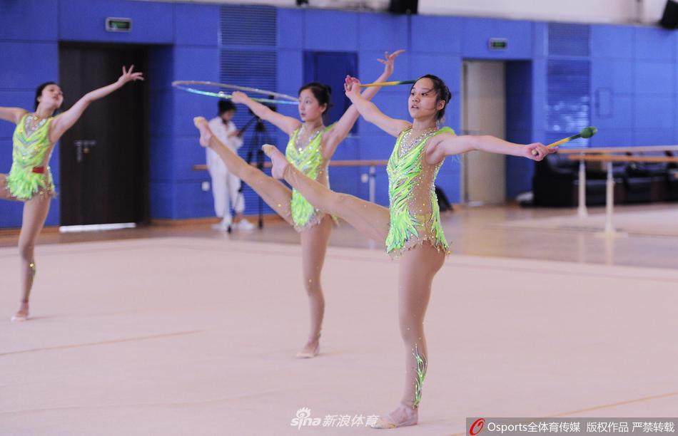 辽宁艺术体操队备战全运会