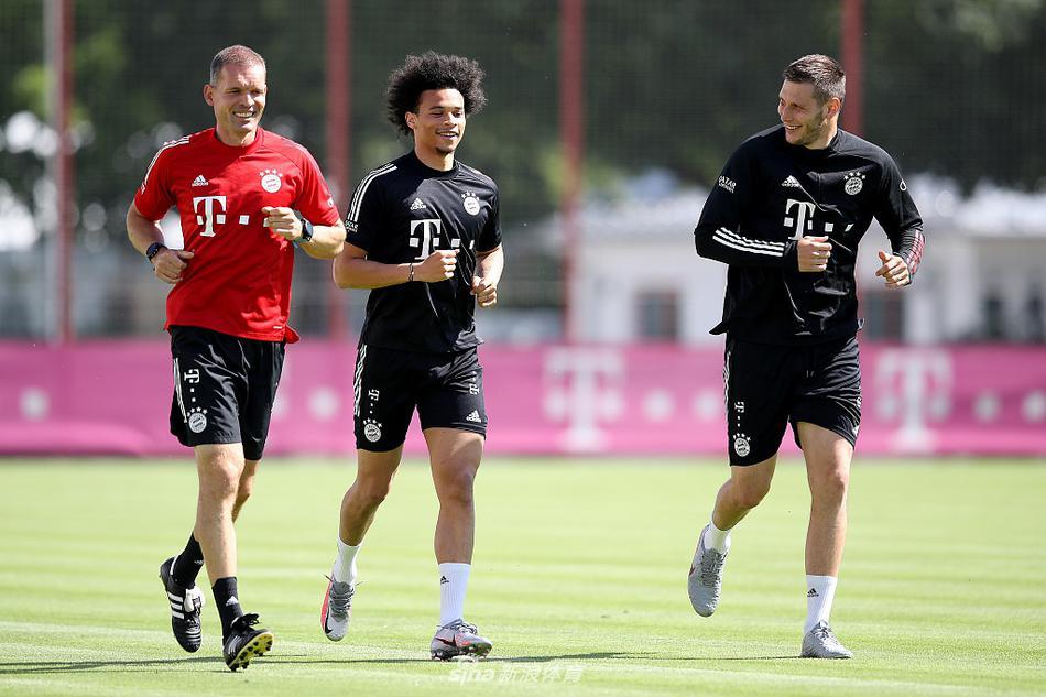 拜仁慕尼黑集结训练备战新赛季