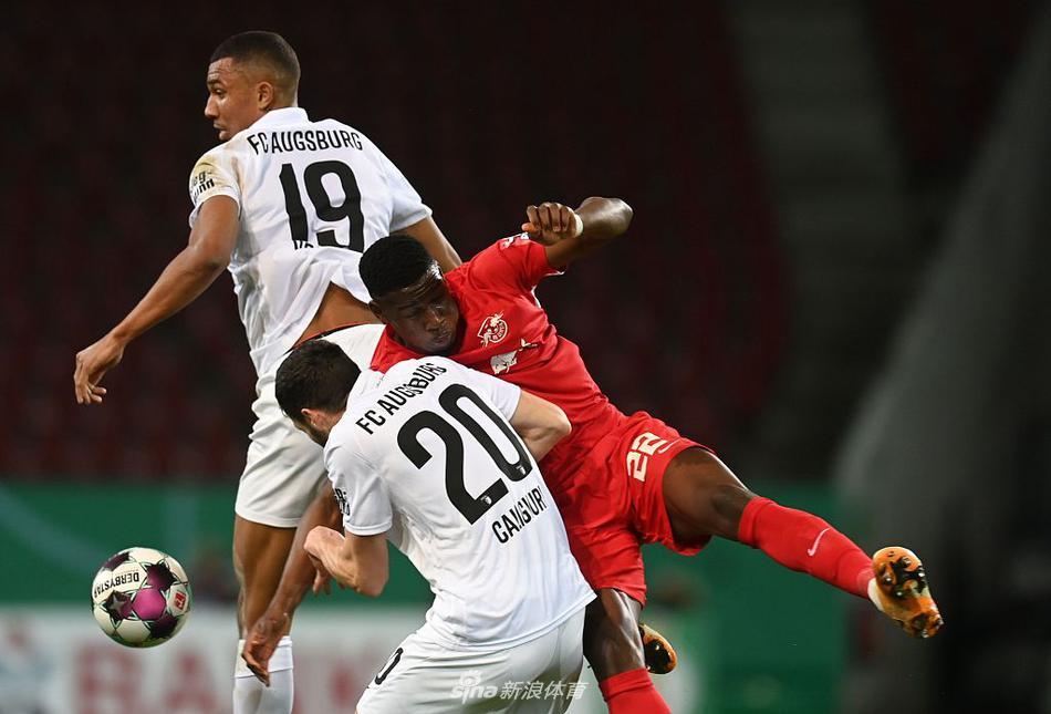 欧冠-萨比策回传失误送大礼 莱比锡0比2利物浦失去主场优势