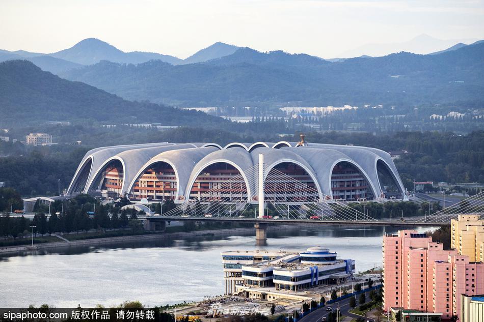 7 / 8 2017年8月9日讯,朝鲜平壤,位于朝鲜首都平壤市绫罗岛的五一