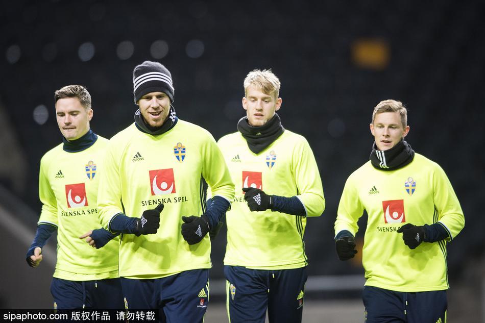 年11月6日,瑞典斯德哥尔摩,2018世界杯预选赛欧洲区附加赛:瑞