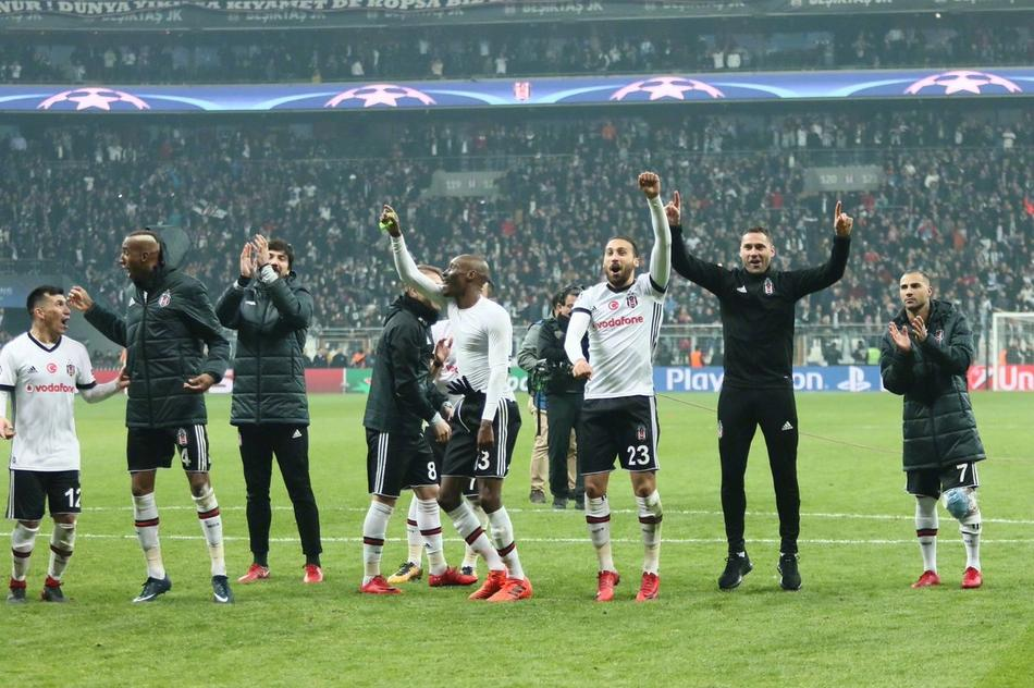 贝西克塔斯队史首进欧冠16强(9张)