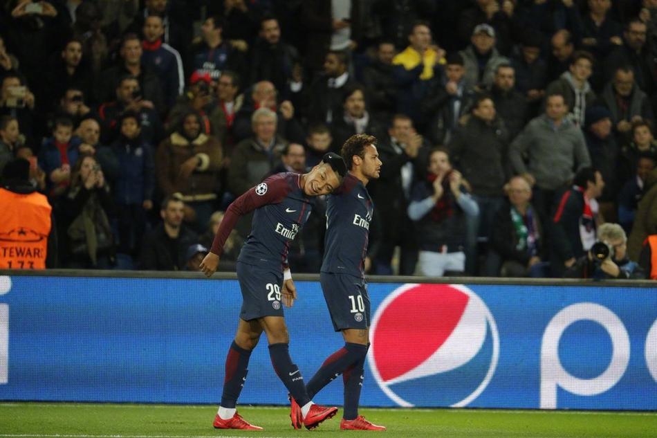 24球!大巴黎创欧冠新纪录(6张)