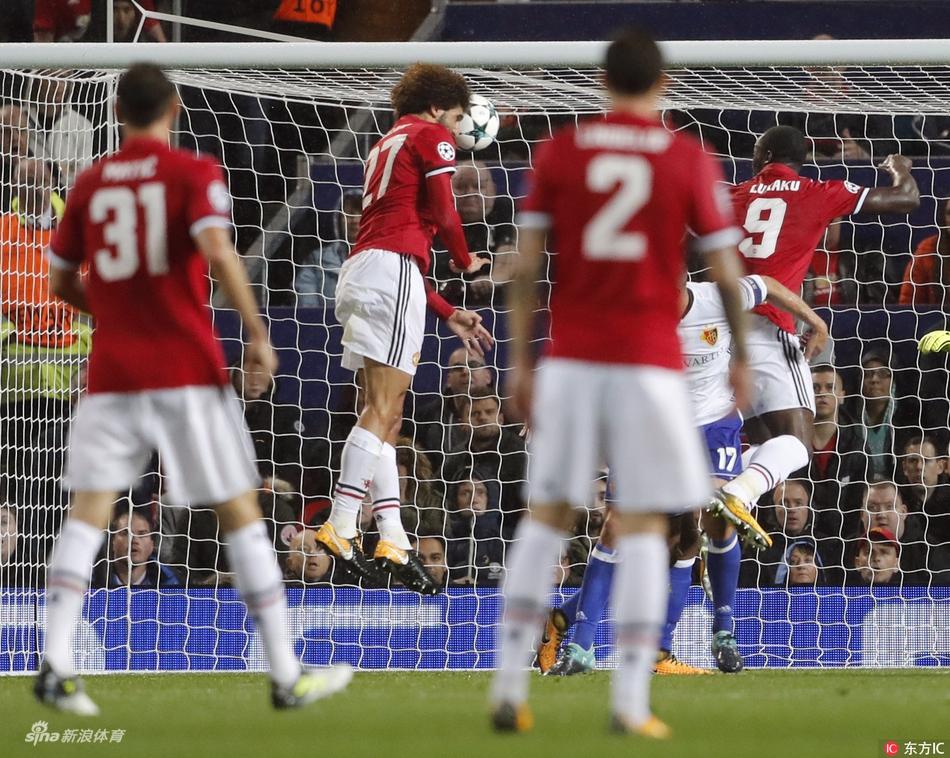45),2017/18赛季欧冠第一比赛日a组一场焦点战展开争夺,曼联主场3比0图片
