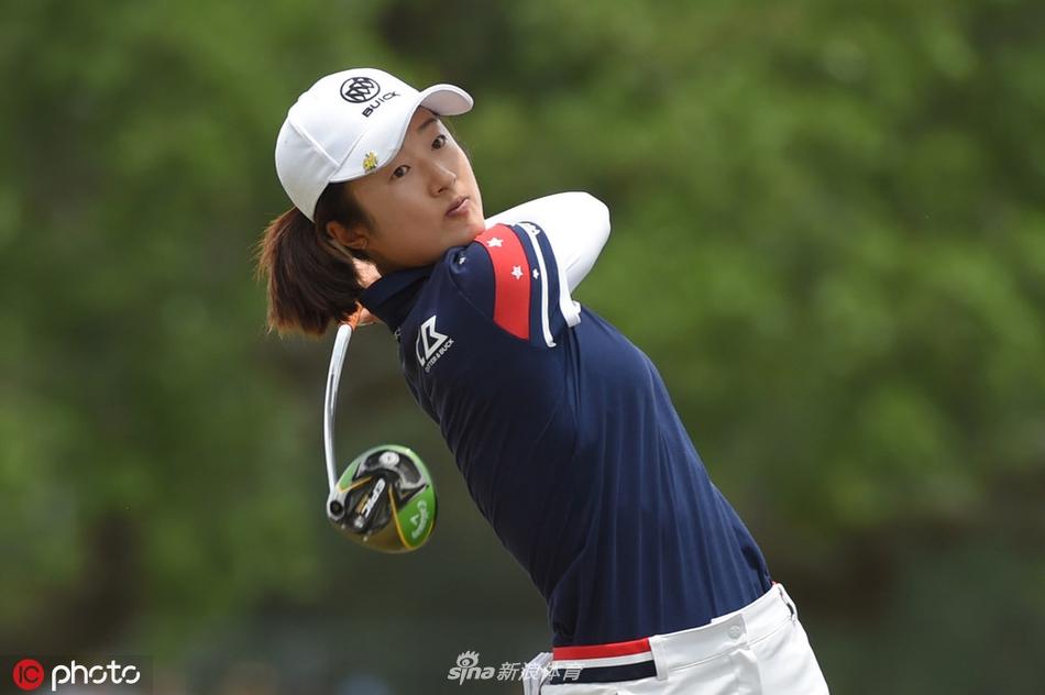 视频-美国女子公开赛次轮集锦 比嘉真美子领先刘钰T9