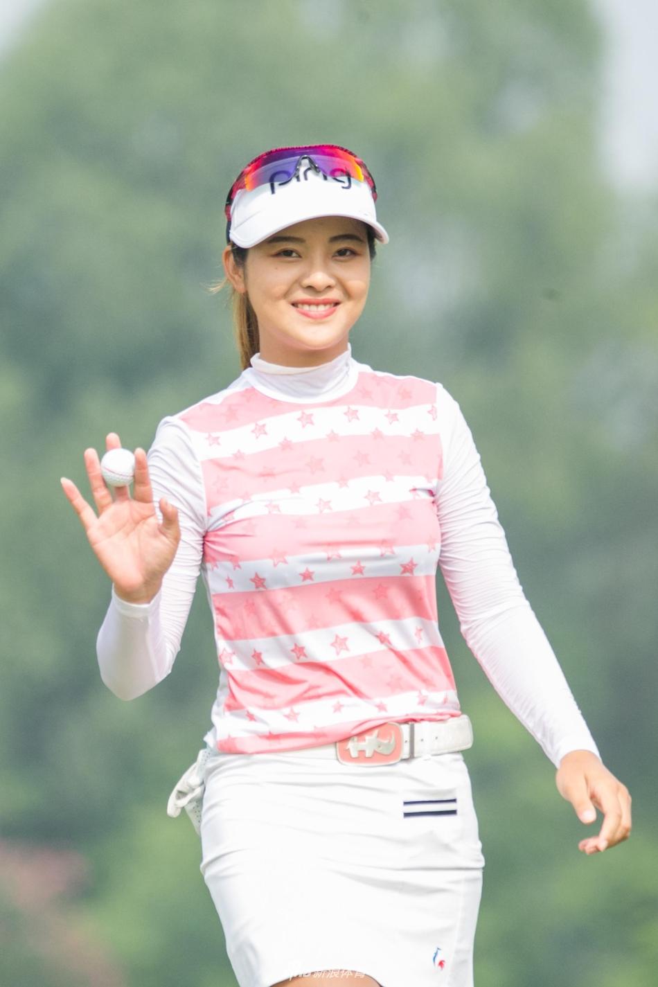 http://n.sinaimg.cn/sports/2_img/upload/127d0b3e/320/w2048h3072/20190615/11aa-hymscpq3596136.jpg