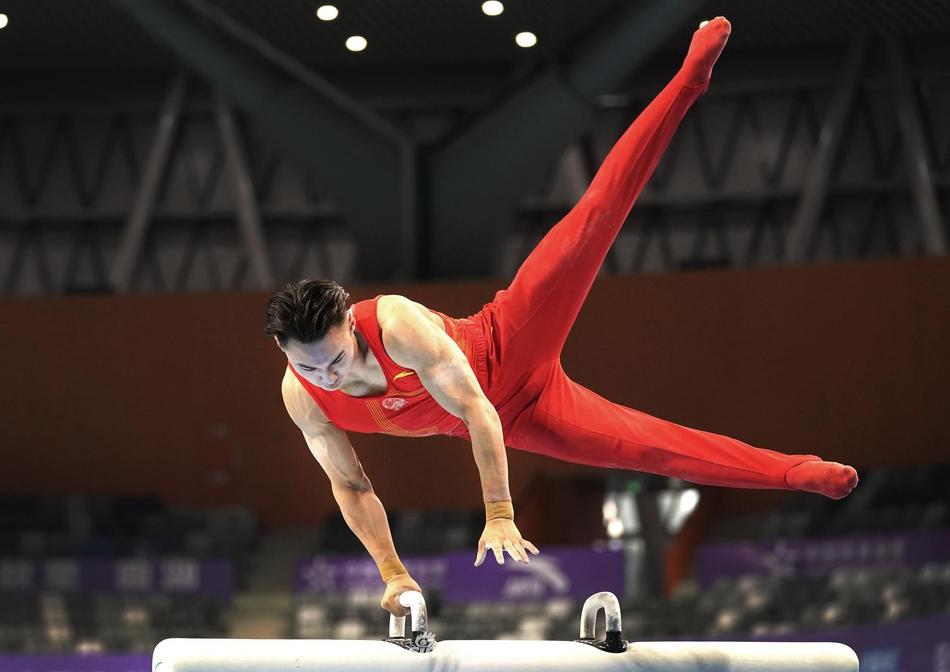 体能引擎带动技术突破 体操男队奥运备战有的放矢
