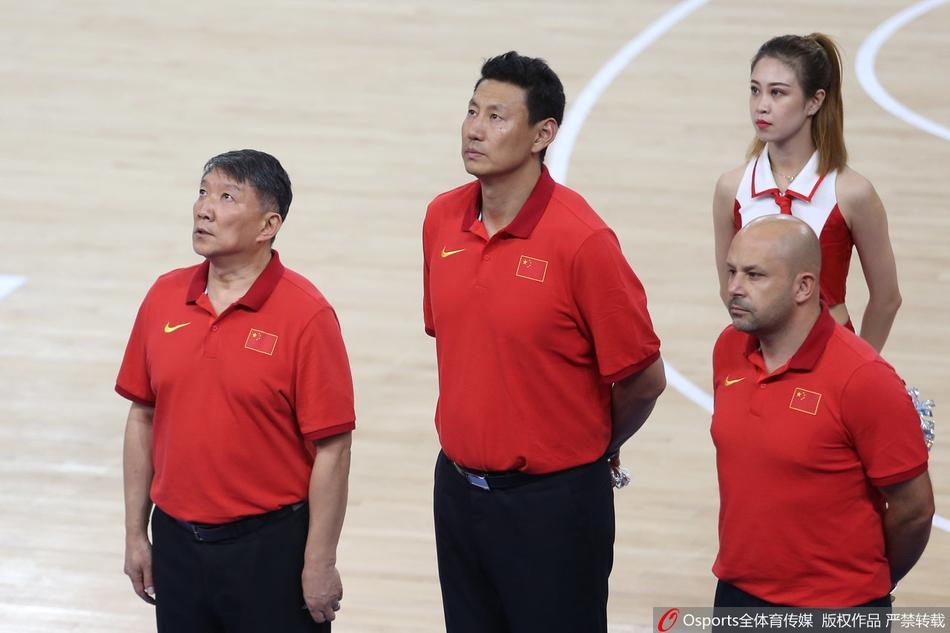 雅尼斯和李楠曾在国家队共事