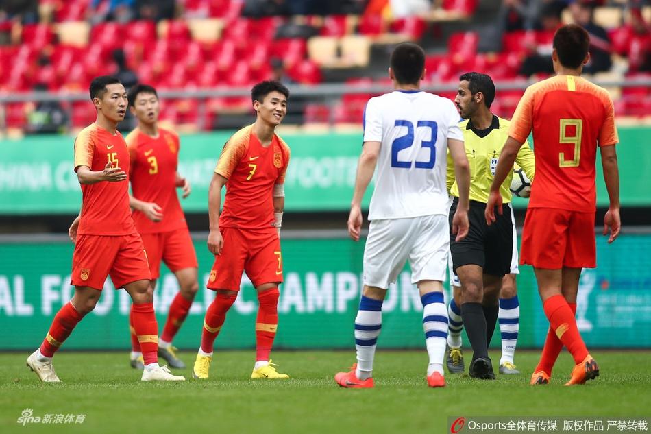 韩乔生:韦世豪犯规体现心态扭曲 中国队输球又输人