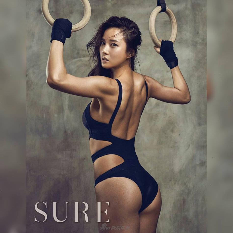 美貌与气质兼备的健身教练 雷杨