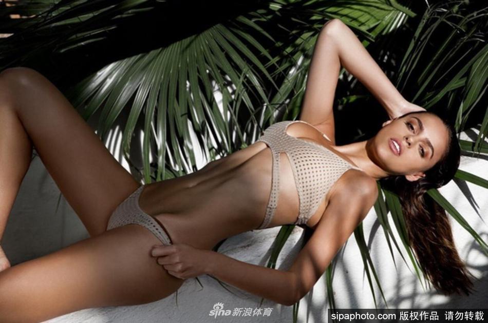 迈阿密超模上围丰满完美诱人(10张)