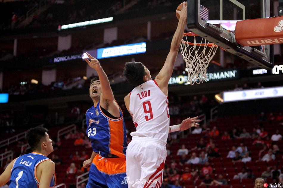 [NBA]火箭144-82上海男篮周琦8分3板送暴扣(2张)