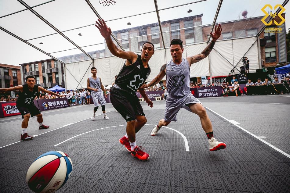北京时间7月1日,3X3黄金联赛结束了成都站决赛的争夺,让我们回顾一下决赛日的精彩瞬间。(赵健/摄)