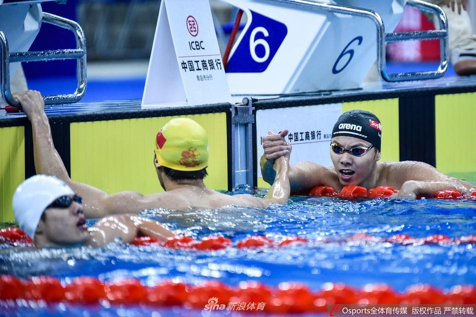 冠军赛200米仰泳徐嘉余夺冠图片 510397 950x633