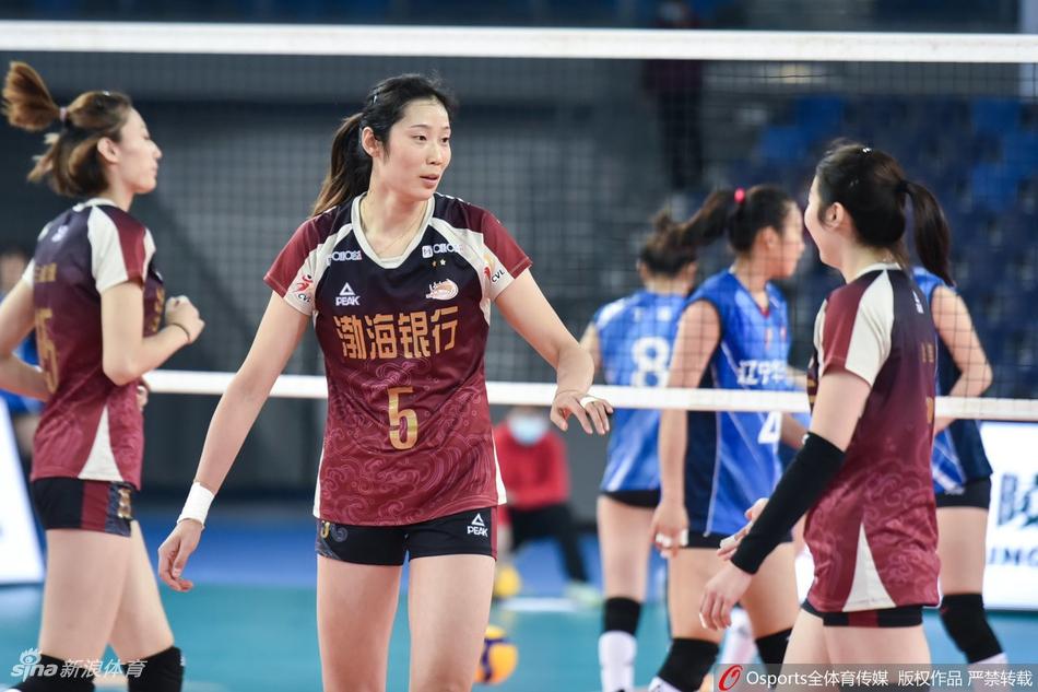 李盈莹朱婷合砍44分 天津女排3-0辽宁8强赛两连胜