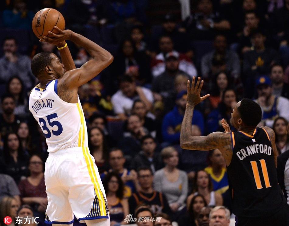 02月09日NBA常规赛 勇士vs太阳 第三节