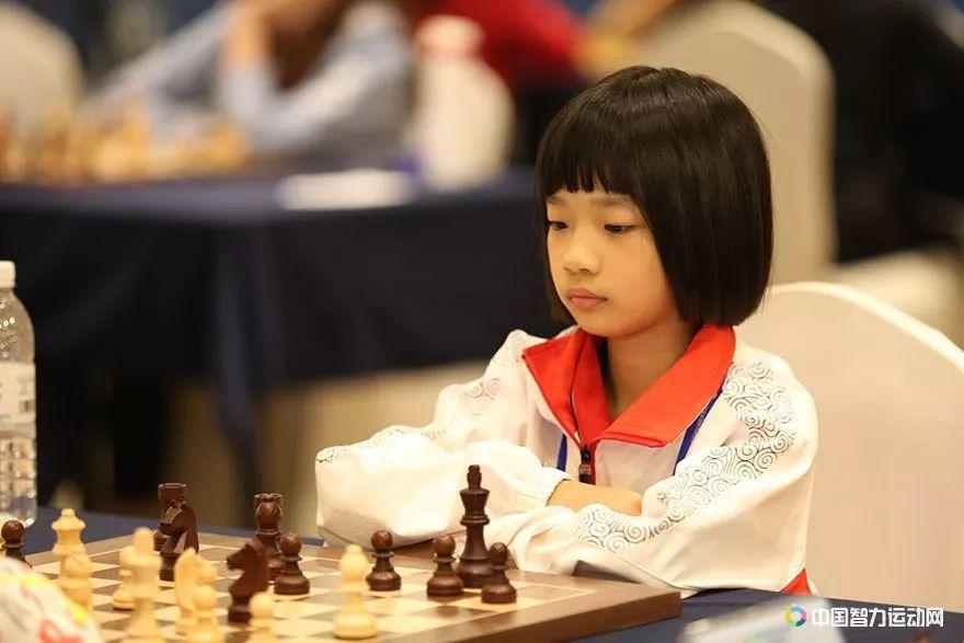 高清-四智会国象团体快棋赛开战 三个组别竞相绽放