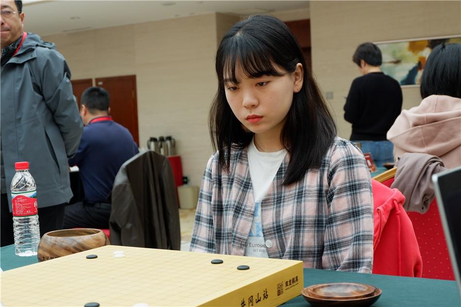 高清-女子围甲第13轮棋手特写
