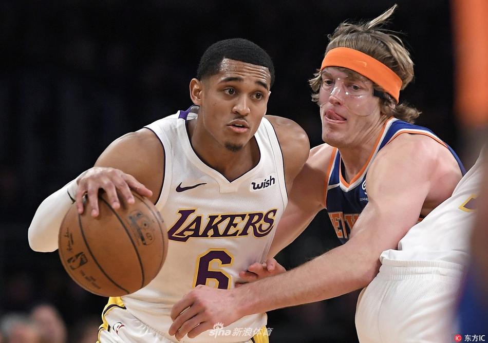 [NBA]尼克斯107-127湖人(9张)