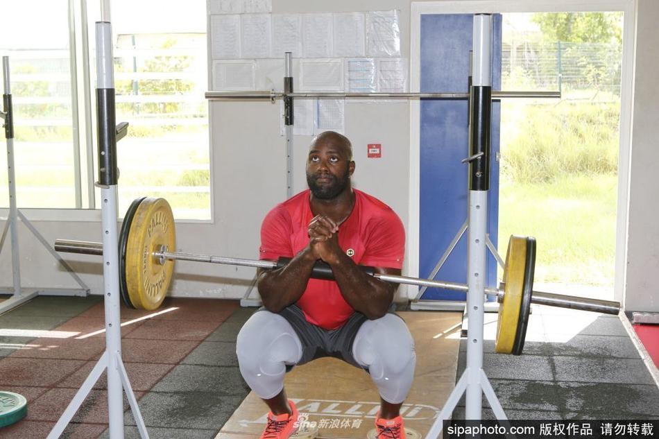 两届奥运会柔道冠军泰迪·里纳训练备战奥运会比赛
