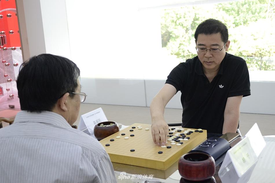 最具创意圣觹�/9�j_5月8日,首届新时代中国作家觽堂·祥云杯围棋邀请赛在北京觹堂文化