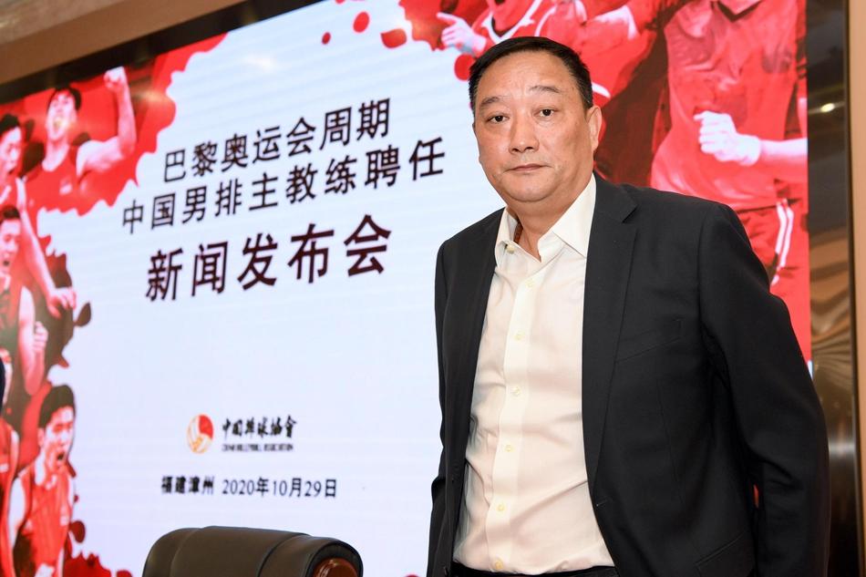 中国男排新主帅吴胜谈执教思路:要学习女排精神