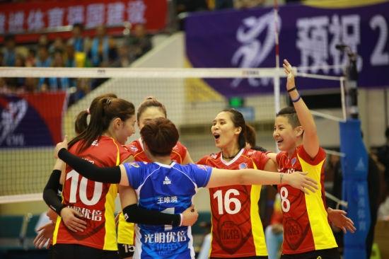 上海女排逆转浙江凸显板凳厚度 三大替补立奇功