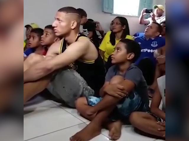 视频-里沙利松入选美洲杯大名单 全家沸腾激情庆祝