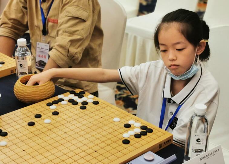高清-围棋之乡联赛第2日小将惹关注