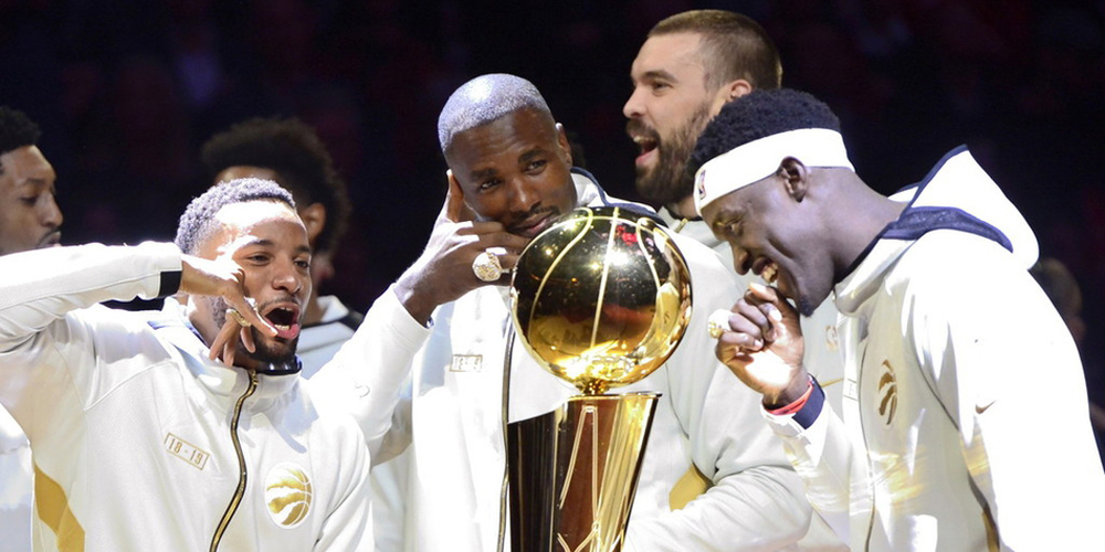 猛龙队领取NBA总冠军戒指