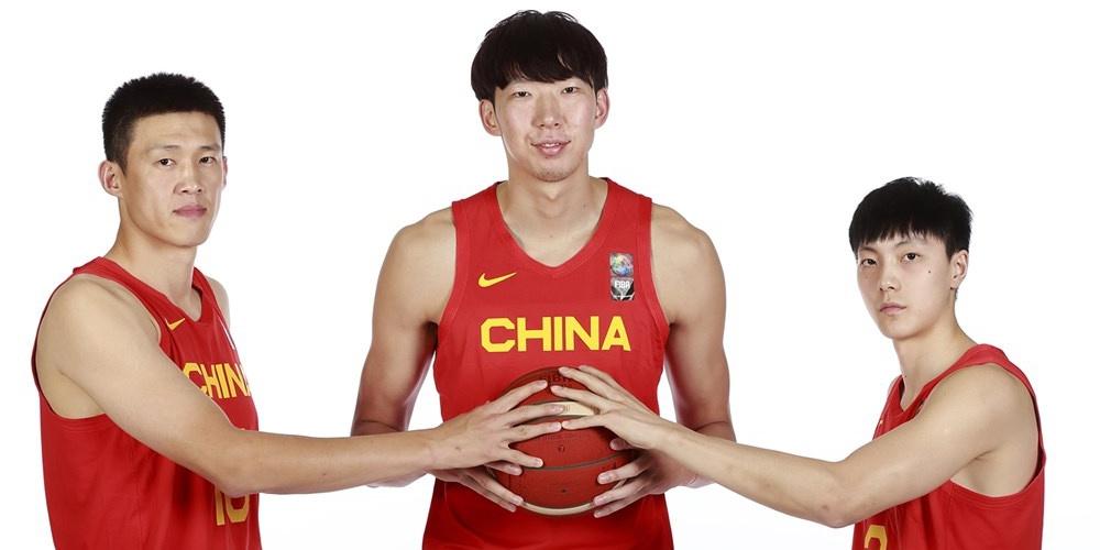 中國男籃拍攝落選賽官方照