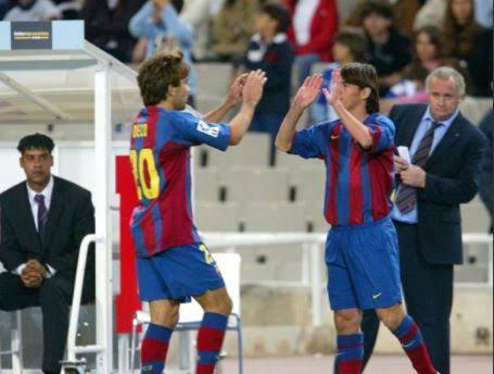 视频-14年前的今天梅西完成巴萨一线队首秀