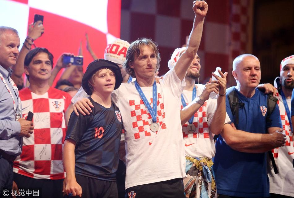 克罗地亚凯旋回国游行庆祝