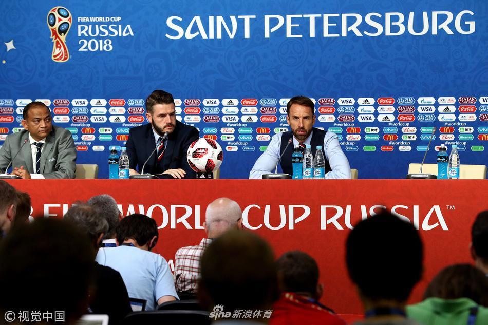 比利时2-0英格兰赛后发布会