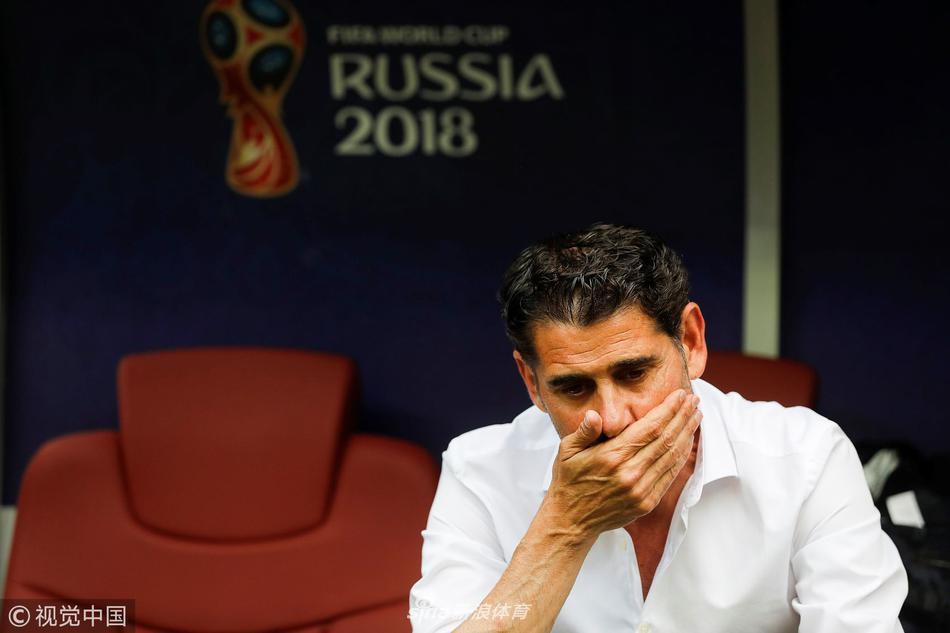 西班牙代理主帅耶罗辞职