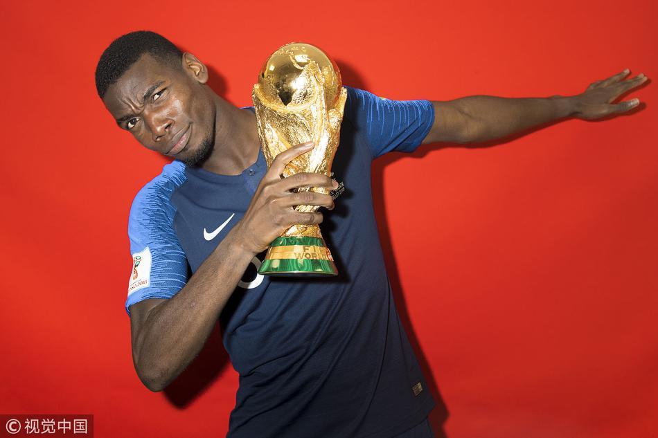 法国队拍摄冠军写真