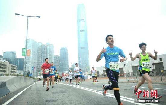 香港马拉松将于17日开跑,280条巴士线路受封路影响。