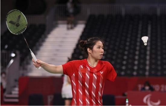 杨秋霞为中国队夺得首枚残奥会羽毛球金牌