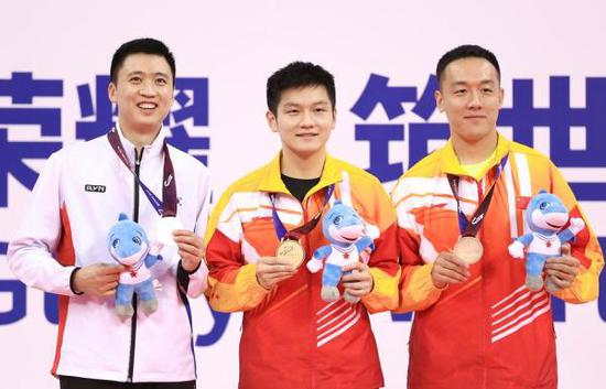 樊振东夺得单打金牌。