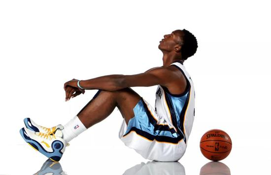 2米21榜眼秀归来!27岁从NBA退役!他也太惨了