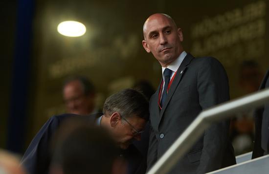 西班牙足协主席卢比亚莱斯新冠检测结果呈阳性