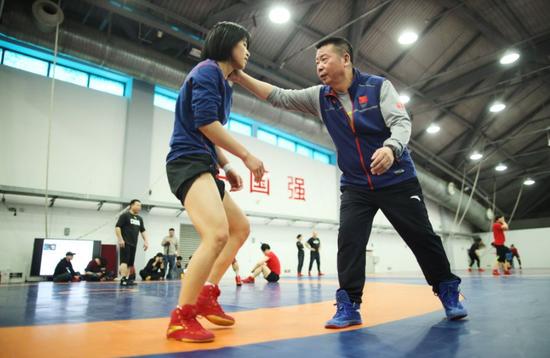 出征亚洲区奥运资格赛 摔跤队全力抢夺奥运门票