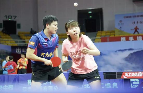 乒球全锦赛混双八强出炉 林高远/王曼昱艰难晋级