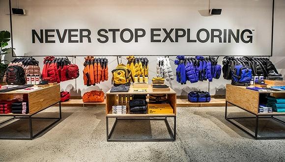 专科户外用品不好卖,North Face开张首家生活品类店。
