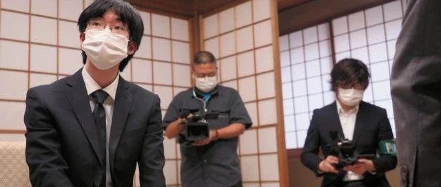 日本十段战战罢 芝野虎丸加冕史上最年轻三冠王