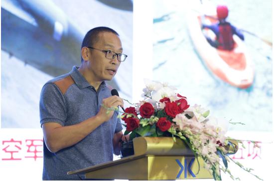体育频道新闻部副主任罗刚介绍军运会
