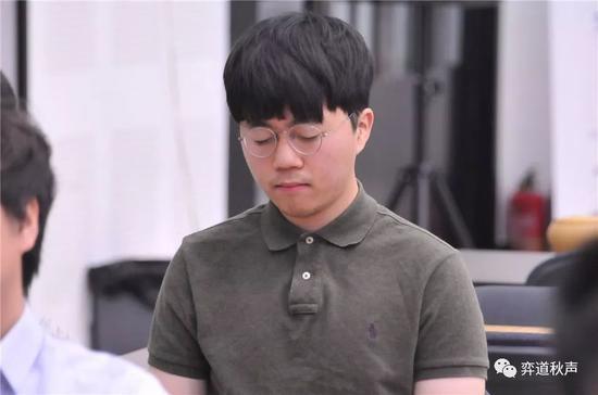 申旻埈为韩国做事男棋手保留颜面